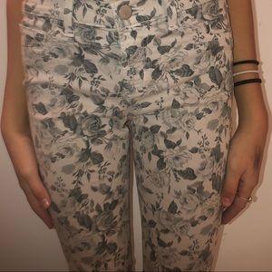 J bone floral jeans size 26!